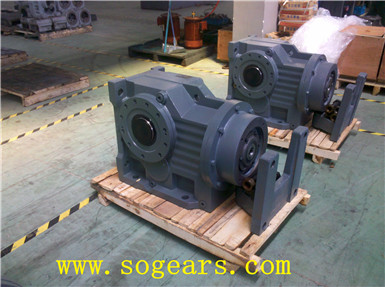 helical worm gear drive