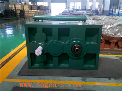 plastic extusion machine