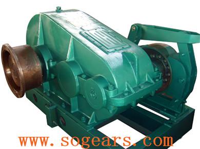 Cylindrical gear box